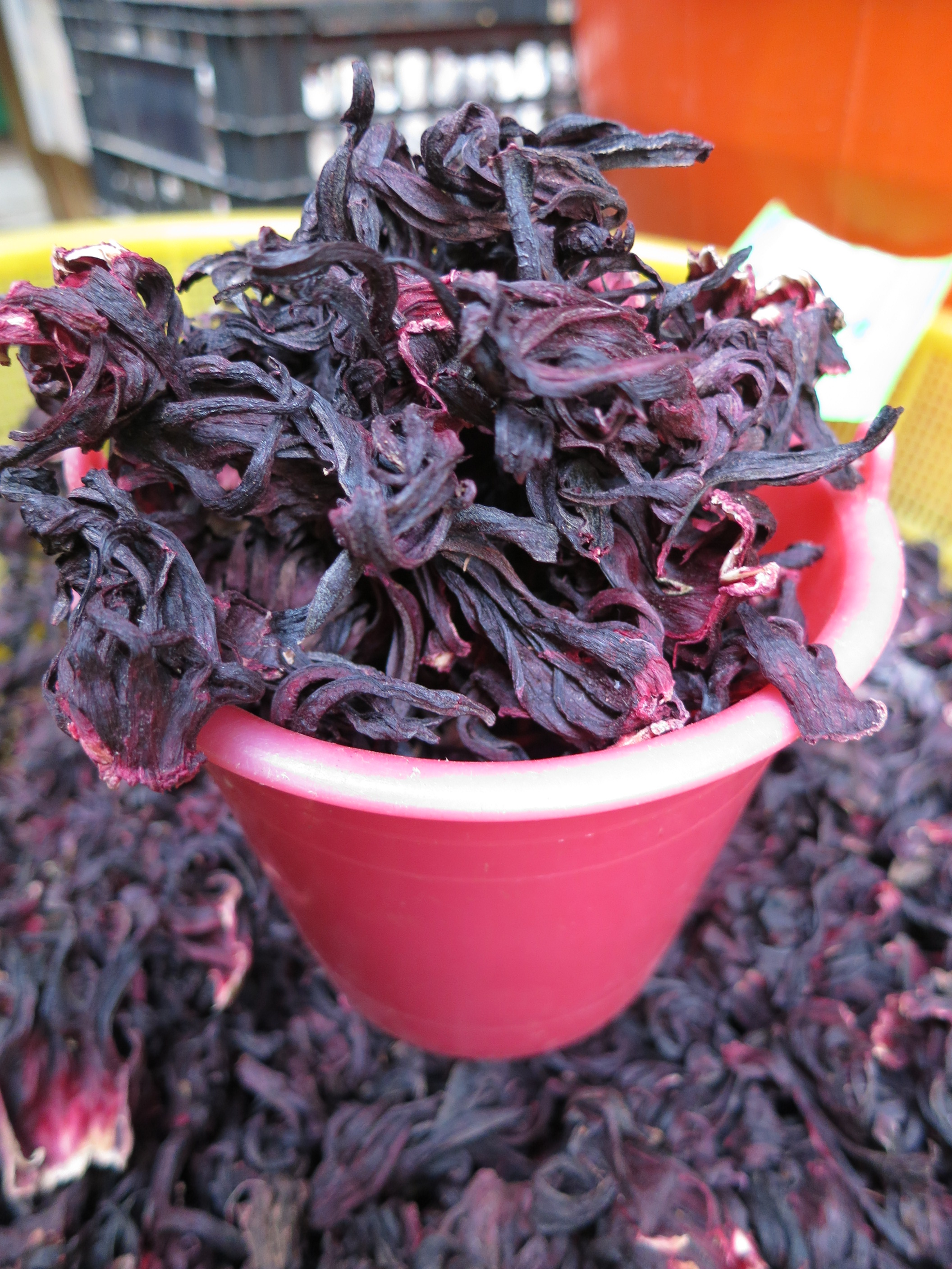 Jamaica hibiscus drink mix kaypat adventures piles of dried jamaica flowers for sale in the mercardo izmirmasajfo